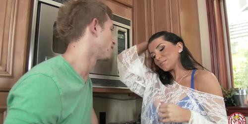 Helping Romi Rain cleaning dishes!