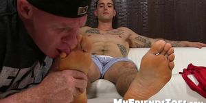 Handsome gay jock KC feet licked with total devotion