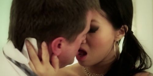 Busty asian babe gets oral as she fucks in threesome