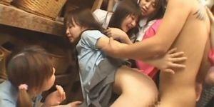 Японское порно трахаться и вести передачу, фото в разношенных колготках