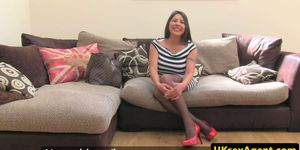 Dickriding UK milf creampied during audition