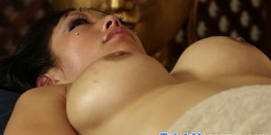 Massage loving busty asian gets tit rubbed
