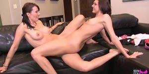 SEXYMOMMA - Lesbo student submits her pussy for good grades