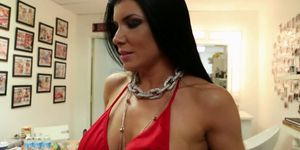 Behind the Scenes with Abi & Romi Rain
