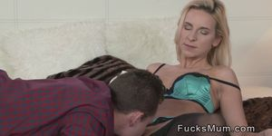 Best friends blonde mom knows to fuck