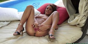 Toying babe gushes piss