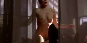 Kim Cattrall nude - Sex and the City s06e20 - 2004