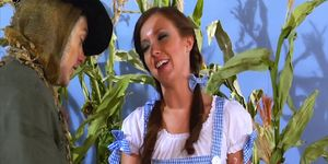 Wizard Of Oz Holiday Parody With Arousing Love Session