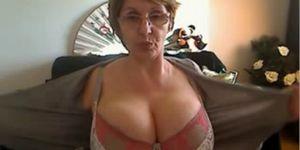 Sexy Mature Shows Big Tits