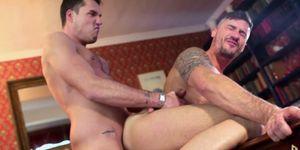 Mamada gay escenas windery