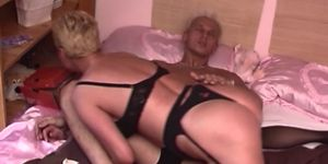 Mamas Old Wet Pussy Requires A Hefty Price Porn Videos