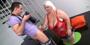 Big tits blonde spread legs for horny photographer