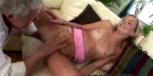 GILF GETS TWO DICKS AT ONCE !!