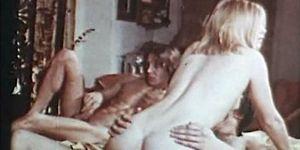 Retro Hairy Pussy Teen Gets Fucked - 1970s