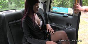 Ebony amateur lesbo licks busty cab driver