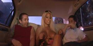 Donnie Cabo & Bridgette B. BIG TITTY PICK-UP ((Cochinadas))