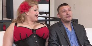 Plump ho in corset facial Porn Videos