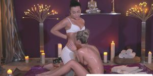 European massage babe fingering dyke client