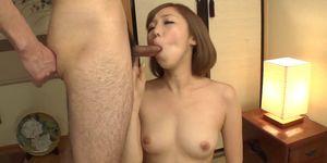 Slim Asian doll Mei Mizuhara