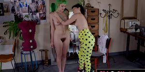 Sexy hairy lesbian Emerald gets licked and fingered