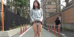 Asian teen shows crotch Porn Videos
