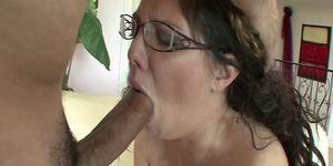 Hot MILF Kiki Daire Gets Screwed On Her Big Ass