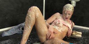Gloryhole babe slimed