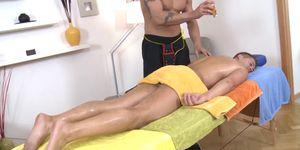 Sexiest porn tube - Deep blowjob for gay boy