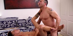 Experienced bum driller massages and fucks his younger lover