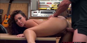 Victoria Banxxx shows fantastic ass and gets banged