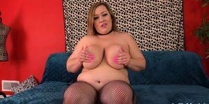 Plumper Bunny De La Cruz Shows Off Her Big Tits and Ass Before Getting Fucked