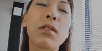 Jizz on tits for slutty Riona