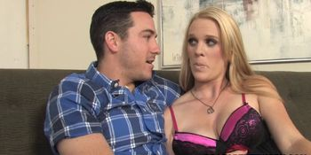 Cuckold Husband Brings BBC To Pregnant Hydii May