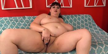 Round and Raunchy Shanelle Savage Plays with Herself and Then Fucks a Guy