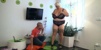 Big tits blonde plumper therapy