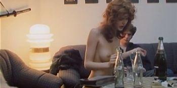 Michaela Srbova nude - Bony a klid - 1987