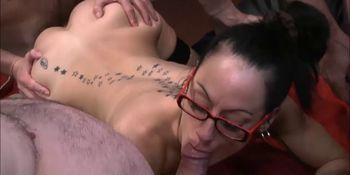 Sexy Hard bodied Victoria Enjoyed Bukkake