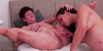 Hot pregnant babe having sex with a dirty old lesbian