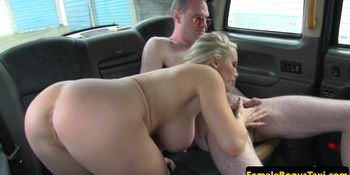 Big titted cabbie jerking backseat customer