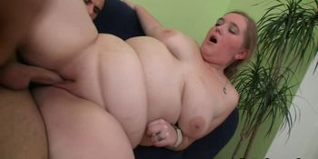 Fat babe picks up and fucks him for money