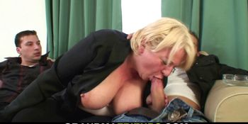 Drunk blonde old grandma double fucked on the table