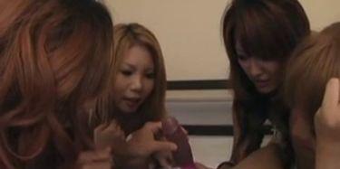 3 Japanese Girls Blow a BBC TNAFlix Porn Videos