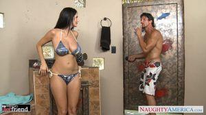 Watch Free Naughty America Porn Videos